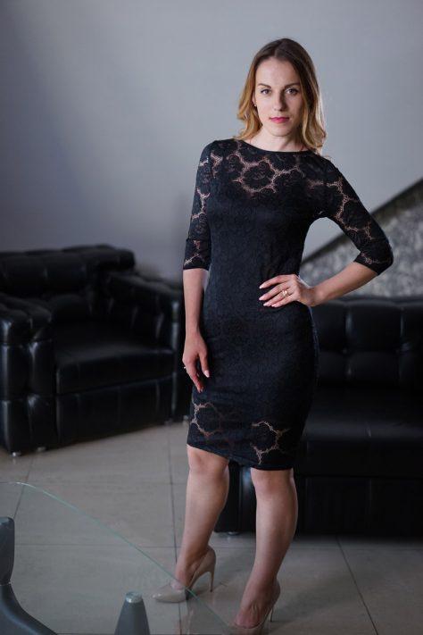 Платье -чехол черное